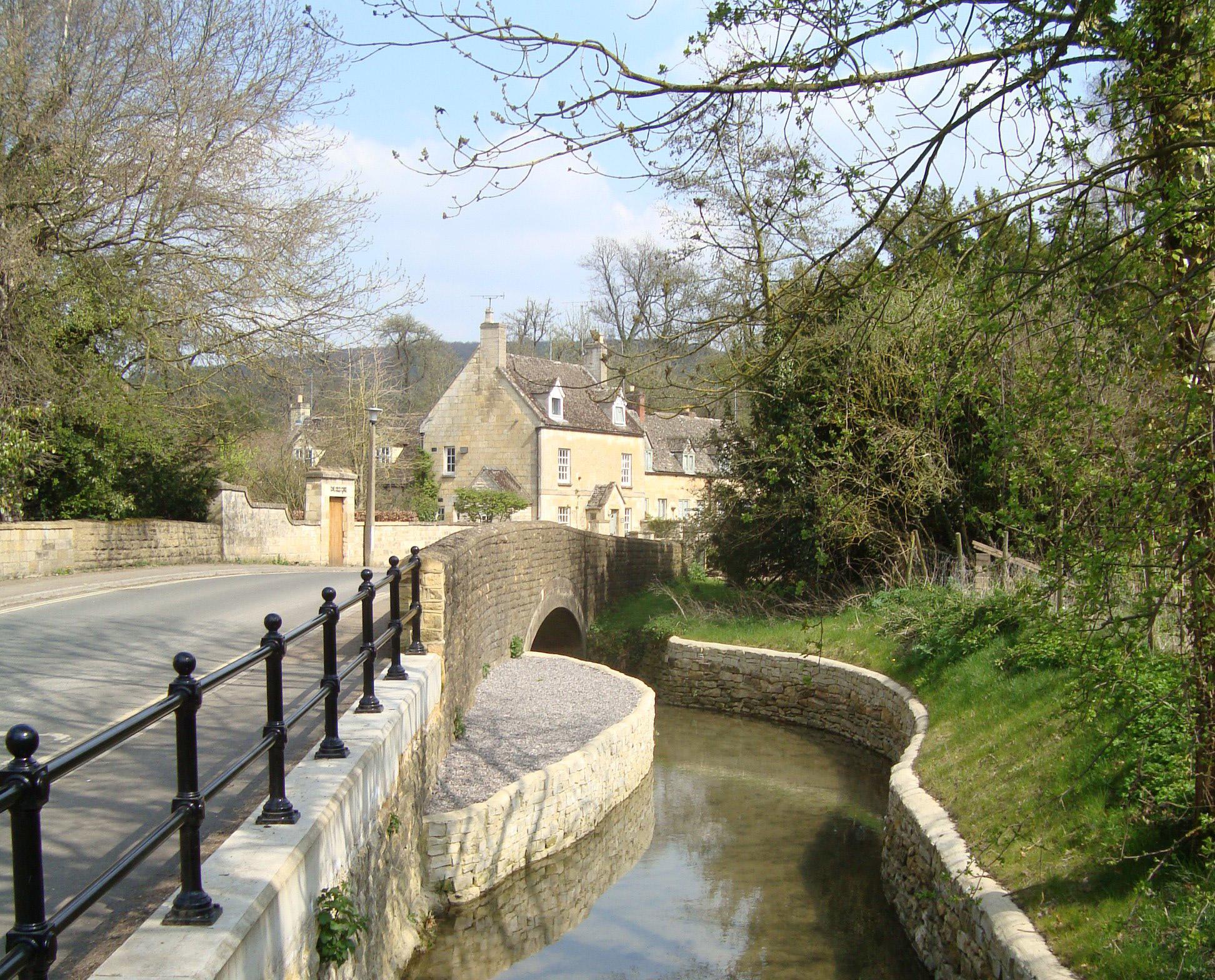 River Isbourne, Castle Street