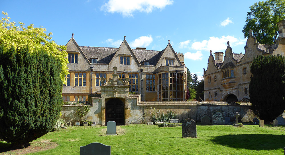 Stanway House from churchyard